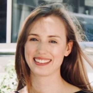 Dr Lena Krake